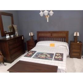 Dormitorio macizo en liquidación